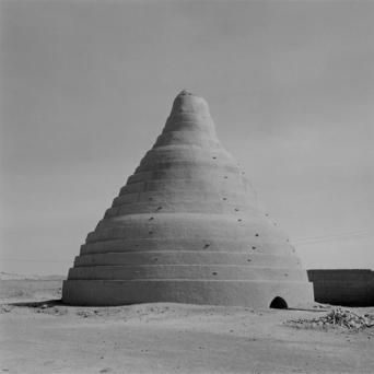 Lynn Davis, modern views of ancient treasures 7